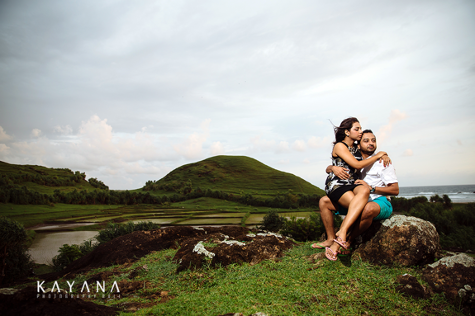 Lombok-Pre-Wedding-Engagement Photography Batu Payung Anusha Vinashal 03