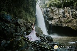 Bali Maternity Photography by Bali Photographer